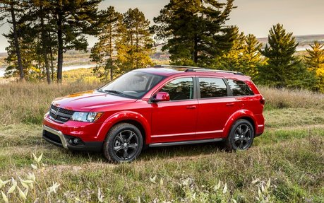 dodge journey 2015 prix comp titif montr al dodge mtl. Black Bedroom Furniture Sets. Home Design Ideas